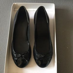 Cole Haan bow wedge